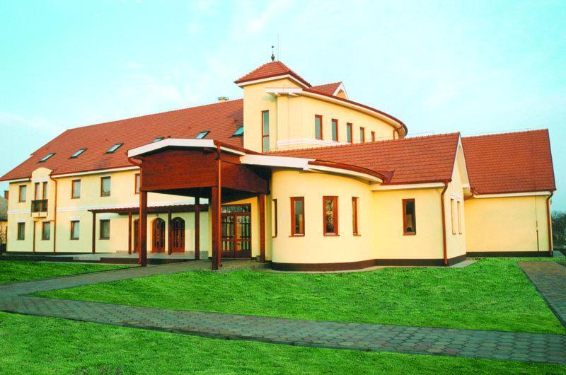 Hajdúvidéki Református Egyházmegye - Idősek Otthona Nádudvar